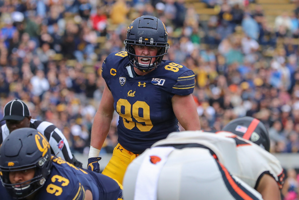 October 19, 2019; Memorial Stadium, Berkeley, California, USA; Football: California Golden Bears vs. Oregon State Beavers. Evan Weaver (89); Photo credit: Al Sermeno - KLC fotos
