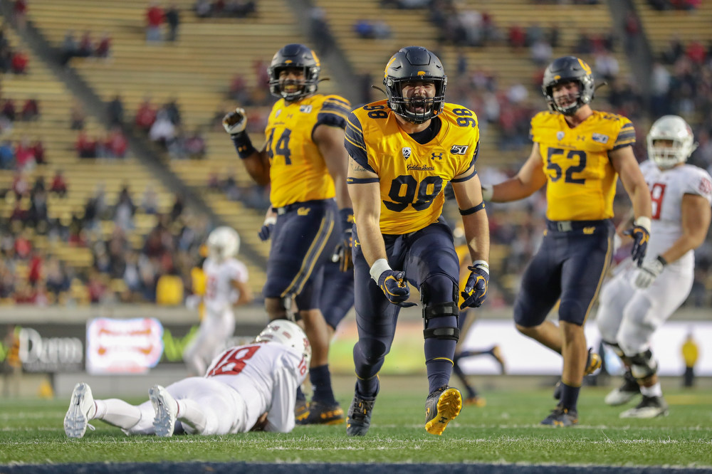 November 9, 2019; Memorial Stadium, Berkeley, California, USA; Football: California Golden Bears vs. Washington State Cougars. Ben Hawk Schrider (98); Photo credit: Al Sermeno - KLC fotos